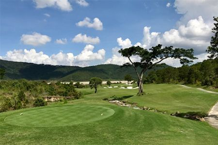 14 Day Scenic Vietnam Golf Vacation